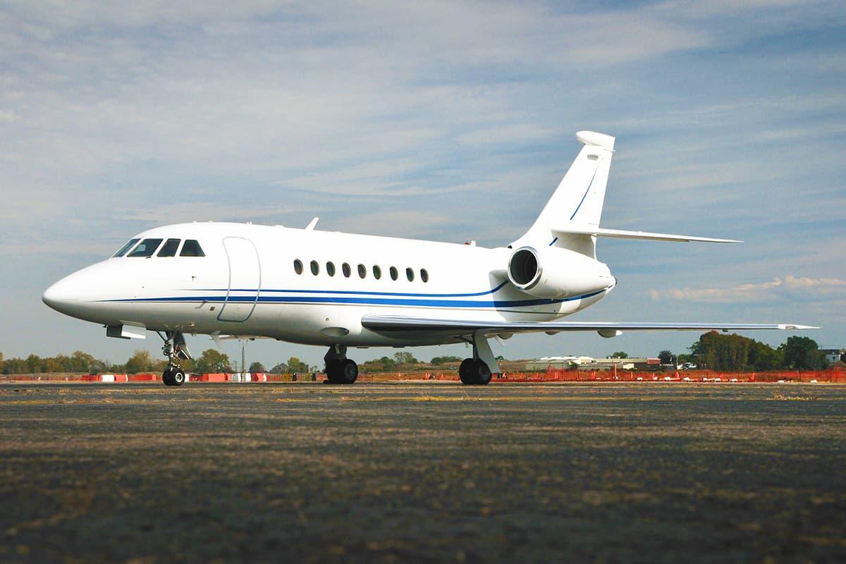 Dassault Falcon 2000 1