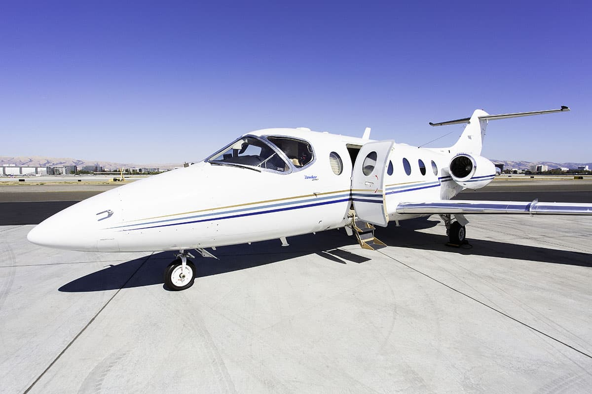 Hawker 400A