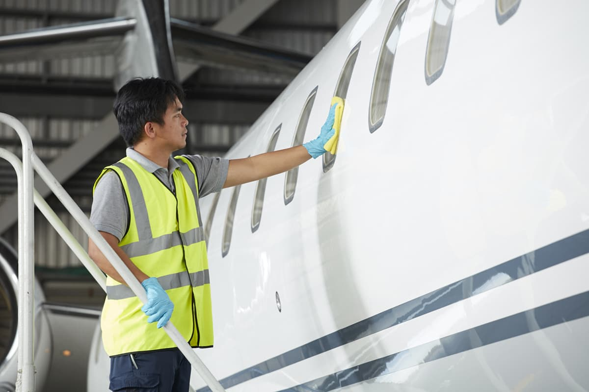 Van Nuys aircraft cleaning