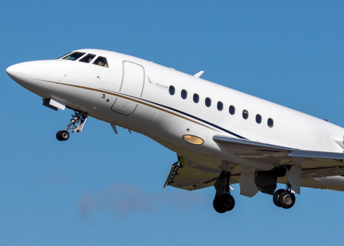 Book private jet charter 1